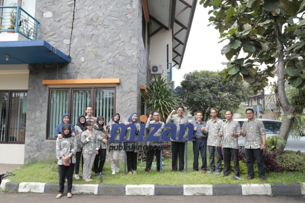 UGM Press Conducts Benchmarking Study to Several City In Indonesia with the Theme: