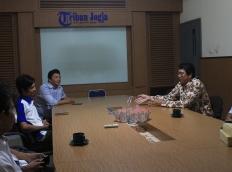 Diskusi UGM Press dengan Redaksi Tribun Jogja